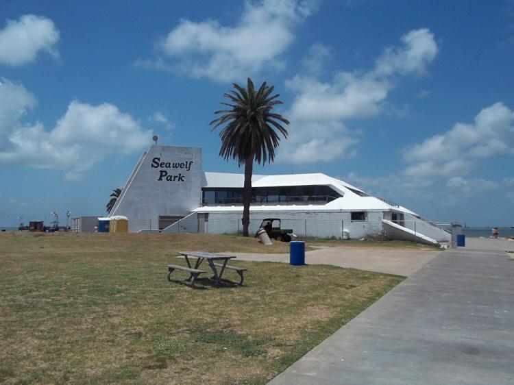 Battle of galveston site photos for Galveston fishing report seawolf park